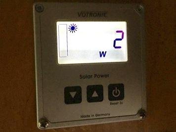 Votronic: 2 W sind nicht die Welt, bei den Abendlichen Lichtverhältnissen aber schon.