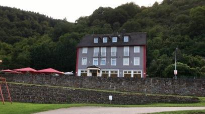 Hotel Restaurant Winzerhaus Gärtner direkt beim Campingplatz