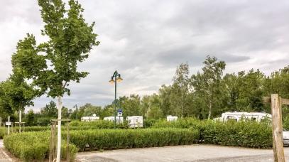 Grafenrheinfeld: Stellplatz am Naturbadesee